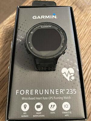 Garmin Forerunner 235 45mm Orologio GPS Cinturino Silicone - Nero e Giallo