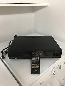 Lecteur VHS JVC de première qualité
