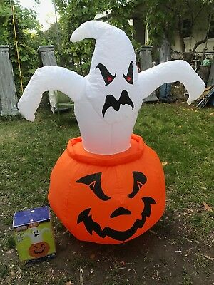 Halloween Gemmy 4 FT Lighted Ghost in Pumpkin Airblown Inflatable w/Box RETIRED