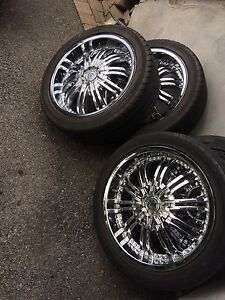 4 summer tires with mag 225/45/18. (5x114.3) (5x100)