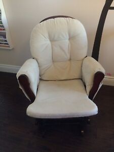 Glider chair with you ottoman