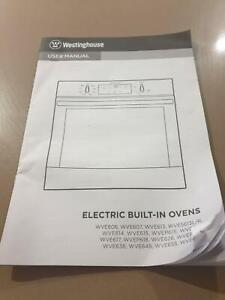 Westinghouse 60 cm  electric wall oven