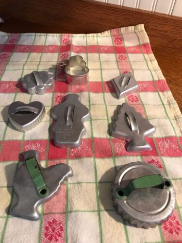 Vintage Cookie cutters mixed lot of 8 some Mirro Aluminum cutters