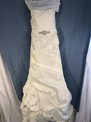 Wedding Dress David's Bridal Size 2, Ivory, Fresh from Cleaners Strapless