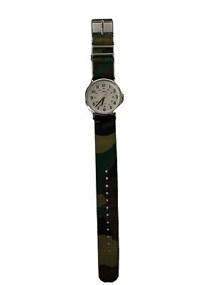 Timex Weekender Men Green Camouflage Band Analog Quartz Watch