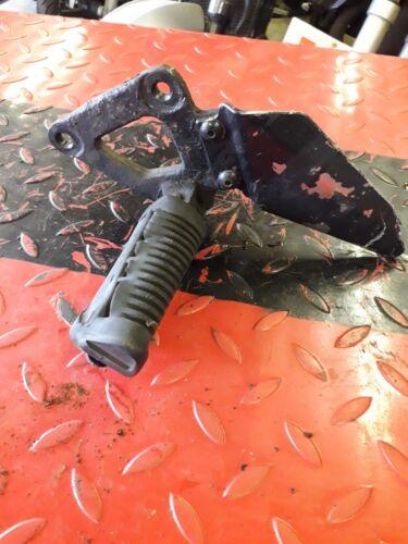 SUZUKI GS500S 2007 L/H FOOTREST, PEG BRACKET
