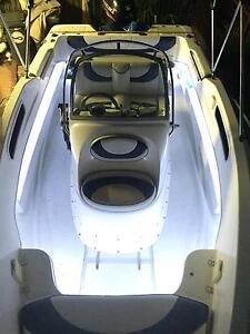 Seafarer Vogue 5.5 sports centre console boat fibreglass Suzuki Rosebery Palmerston Area Preview