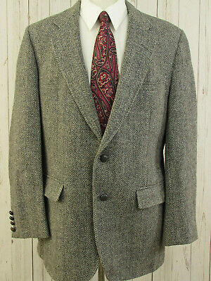 Harris Tweed Grey Wool Blazer 44R Men Herringbone Two Button Sport Coat Jacket