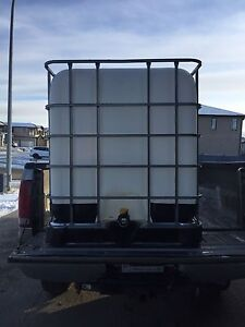 1000 L / POTABLE WATER TANKS