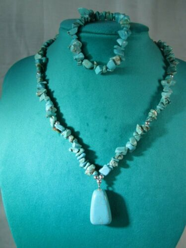 "TURQUOISE Chip Beaded Pendant Necklace 17.5"" & Stretch Bracelet Set / 4N"