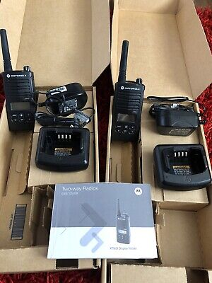 MOTOROLA XTNID LICENCE FREE 446 TWO WAY RADIO WALKIE TALKIE x2