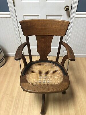 Antique JS Ford Johnson Chicago Office/Lawyer Oak Swivel Chair