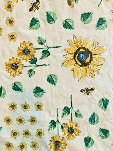 Vintage vinyl tablecloth, bees, daisies, flowers