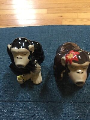 Gorilla and pepper shakers Brown In Color