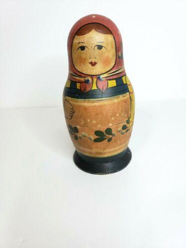 Vintage nesting Matryashka dolls