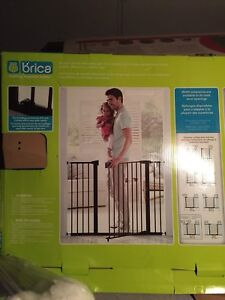 Brica extendable baby gate