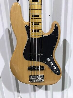 Fender Squier Classic Vibe '70s Jazz 5 String bass