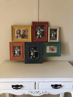 "Assorted ""vintage style"" frames and wall art"