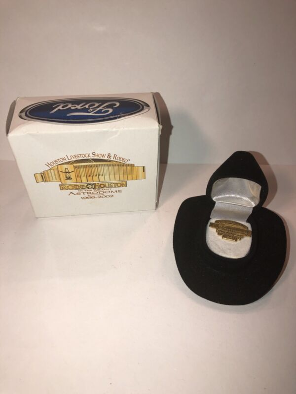 Houston Livestock Show & Rodeo Pin In Cowboy Hat Holder