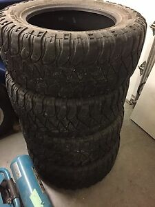 35x12.50x20 Mickey Thompson MTZ