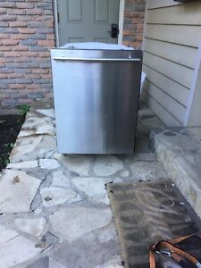 Samsung stainless dishwasher, stainless steel tub Best Offer!