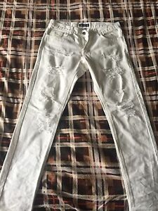 White Embellish Distressed Jeans - Size 32
