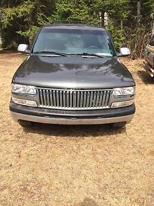 Parting out 2001 Chevy Tahoe