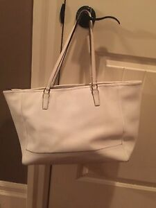 Authentic coach purse London Ontario image 2