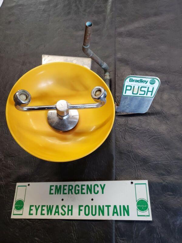 EYE WASH STATION BRADLEY PEDESTAL SAFETY WORKPLACE EMERGENCY EYE HEALTH