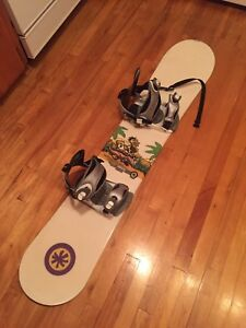 Snowboard with bindings barely used