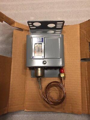 Johnson Controls All Range Penn P70ja-5 Pressure Control 2 Single Pole Circuits
