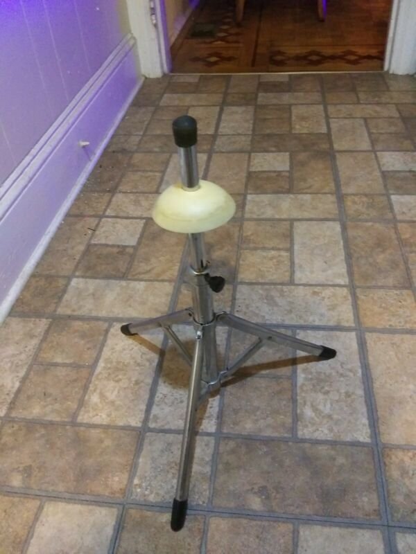 Classic Trumpet Stand - Wide Base - Metal