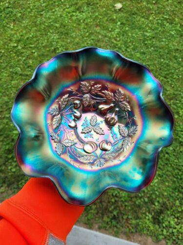 Purple Northwood Carnival Glass Three Fruits Medallion Bowl