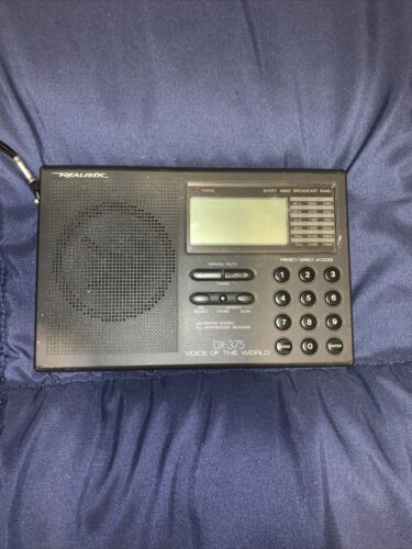 Radio Shack DX-375 radio - Voice Of The World