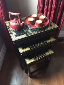 Tables gigognes chinoises peinte  à la main