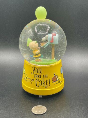Hallmark Peanuts Musical Snow Globe Charlie Brown Snoopy You Take the Cake