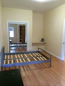 SLC & Queens W Students - Fabulous Student House Avail!