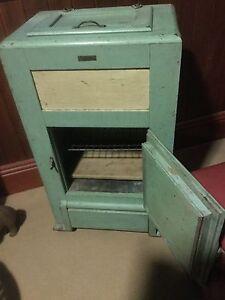 Antique ice box Heathcote Bendigo Surrounds Preview