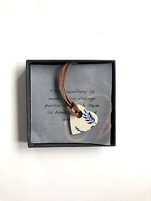 vintage porcelain Necklace Heart. Swade String. New With Box.