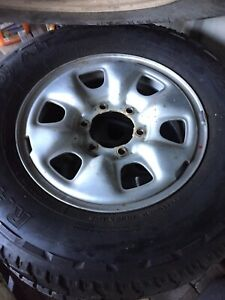 Hilux rim and tyres
