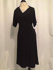 Robe Femme neuve taille Médium noir