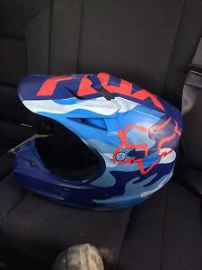 Fox racing v1 helmet xl