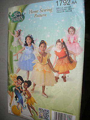 Simplicity 1792: Toddlers' and Child's Disney Fairies Costume TINKERBELL