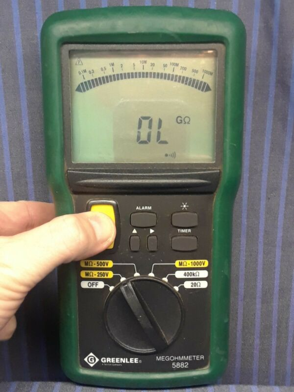 GREENLEE 5882 1kV Megohmmeter / Insulation Tester, Nice Used Multimeter