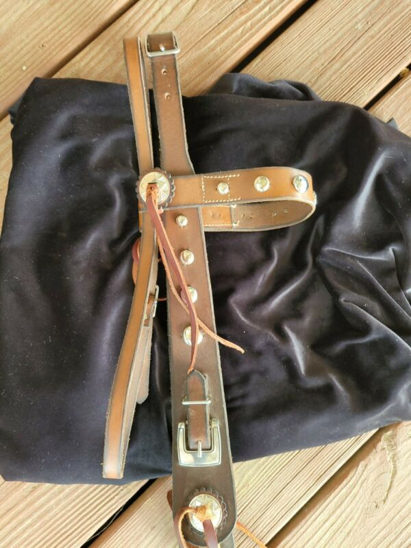 Wide Cheek Headstall Nickel  Spotted excellent condition
