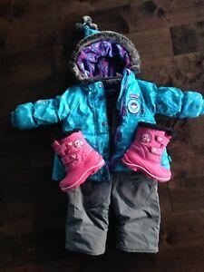 Manteau et salopette 18 mois + bottes 7 Souris Mini