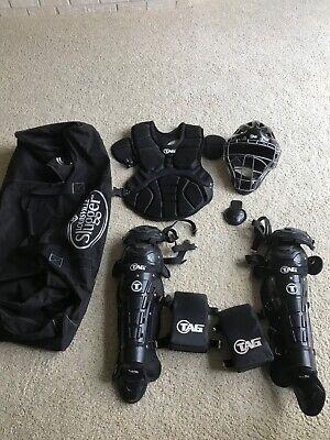 Baseball TAG 700 series catcher's gear men's L/XL Black w Louisville Slugger (Baseball Catchers Gear Bag)