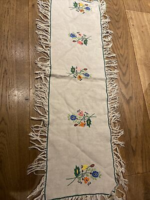 """VINTAGE TABLE RUNNER HAND EMBROIDERED FLOWERS 11"""" By 39"""""""