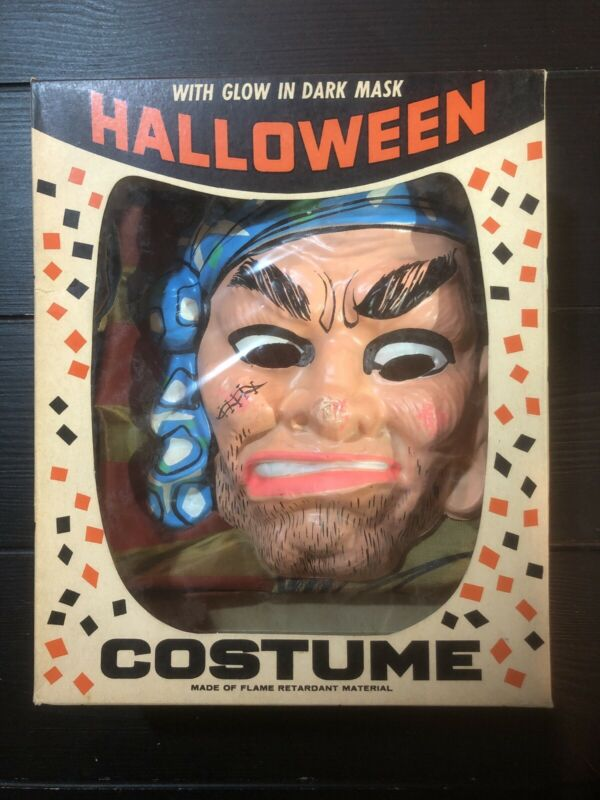 Bland Charmas Halloween PIRATE Costume. NOS