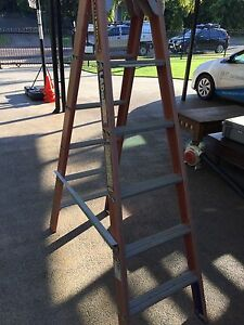 6 Foot Double Sided Fibreglass Ladder Bakewell Palmerston Area Preview